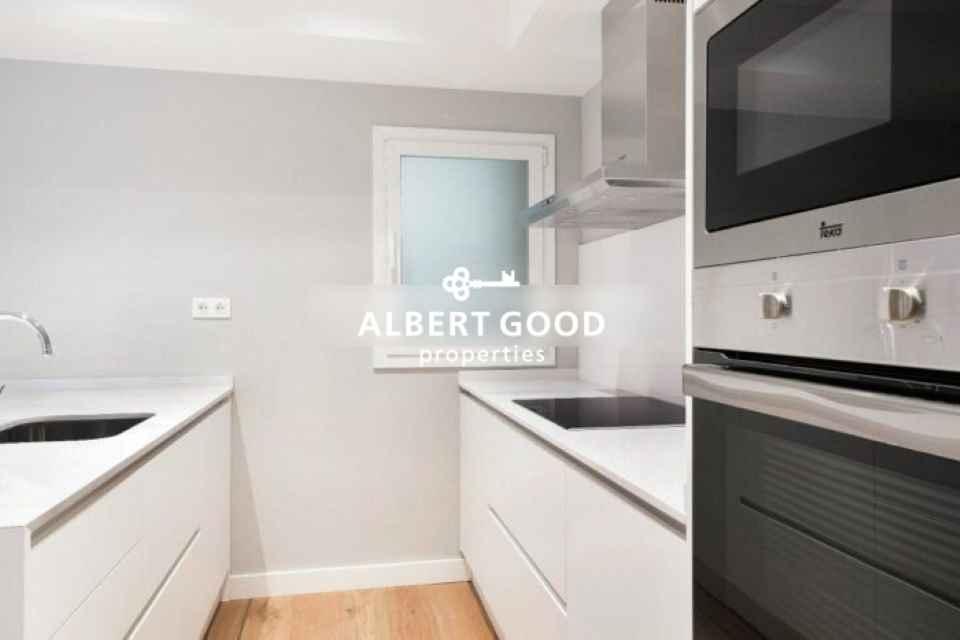 Acogedor-piso-en-finca-totalmente-rehabilitada-lEixample-Izquierdo-B05273BA-835x467.jpg